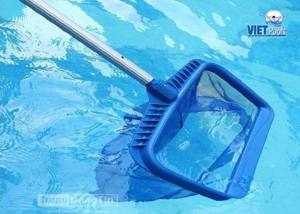 vợt vớt rác bể bơi di động