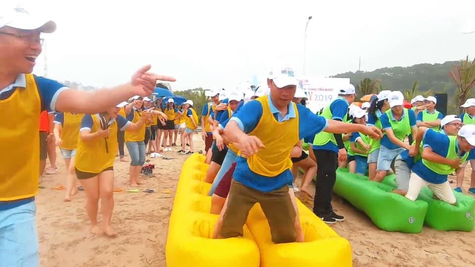 Đồ Hơi Chơi Team Trên Bờ Biển 8
