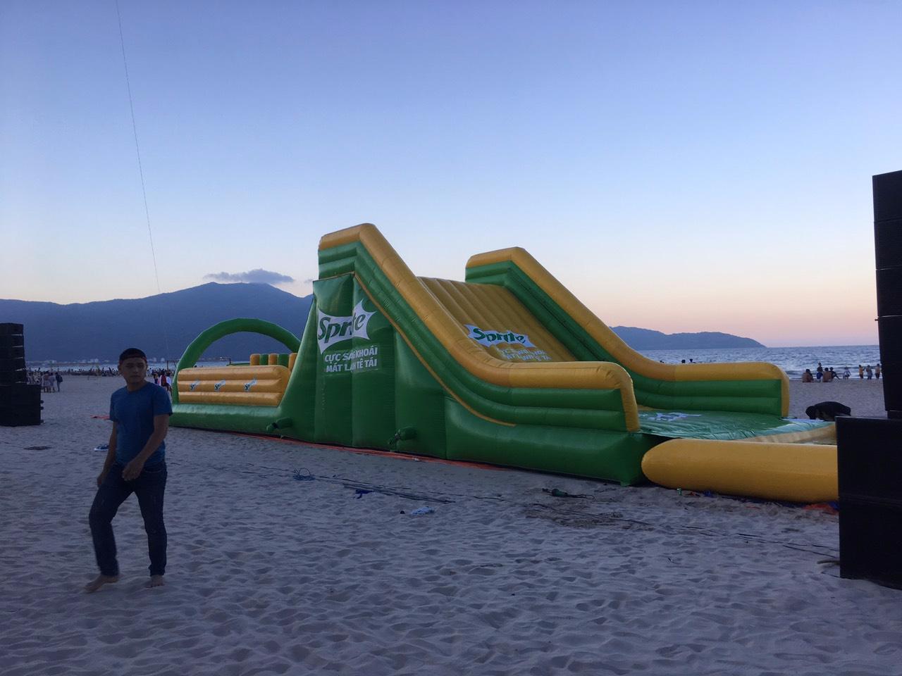 Nhà Phao Trượt Nước Sprite 5m x 22m