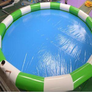 Lớp bạt PVC này có tác dụng chống thấm và tăng độ thẩm mỹ cho hồ bơi