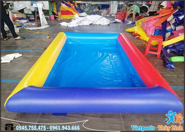bể bơi bơm hơi xúc cát