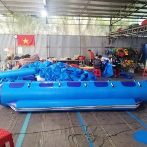 thuyền chuối bơm hơi 5 chỗ đẹp