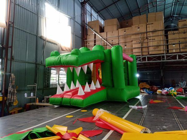 nhà hơi mini cá sấu đẹp