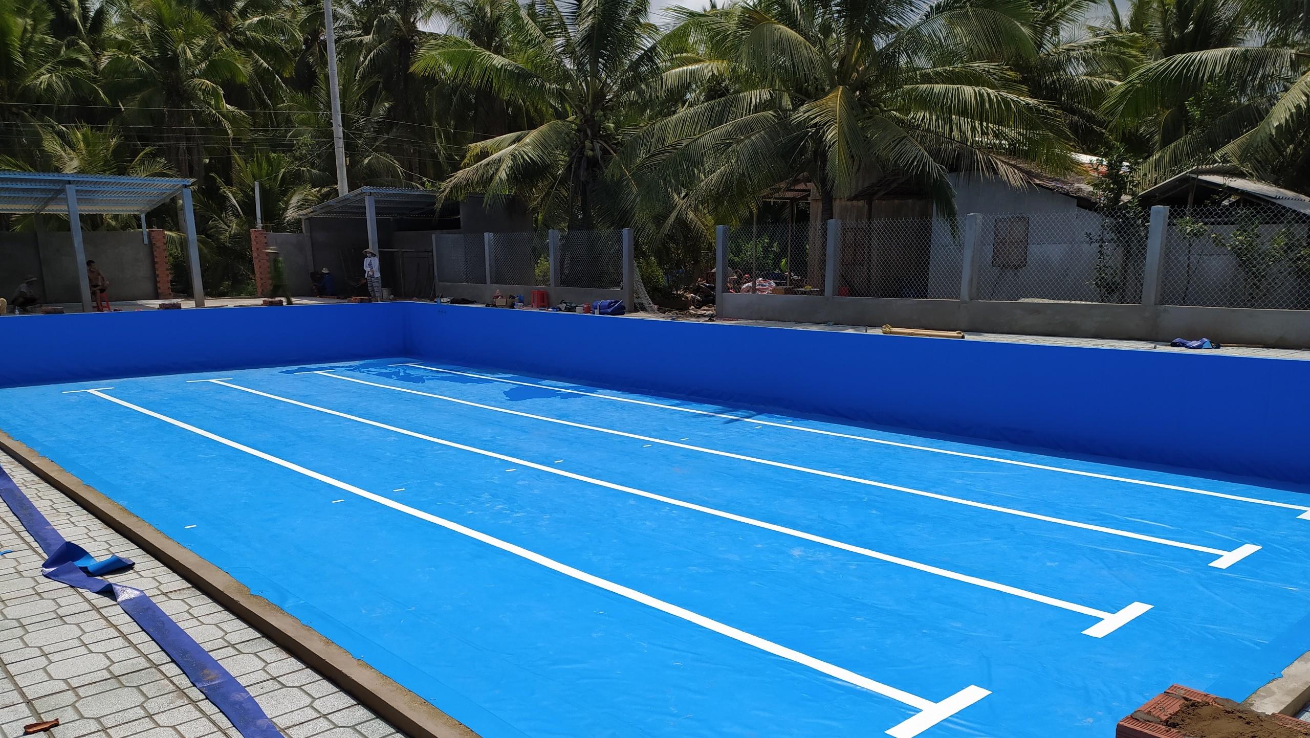 hồ bơi âm lót bạt nhựa PVC